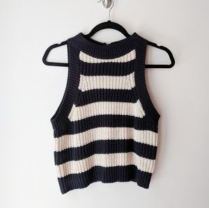 Coco+Jaimeson Crocheted Sleeveless Crop Top